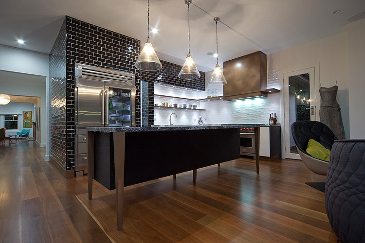 residential home house architect bespoke steve andrea architecture champness builders heritage rennovation extension addition canberra inner south forrest precinct kmd karin mcnamara kitchen island contemporary